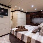 Leopard 32 Cabin